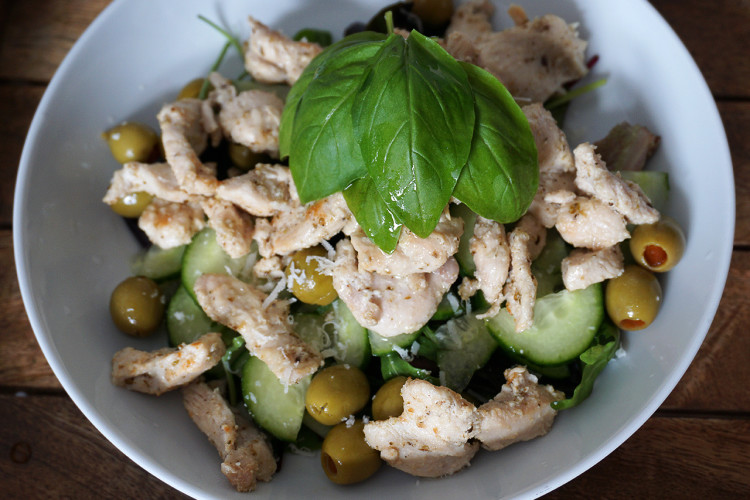 Parmesan Chicken Salad with Olives & Basil - Kimi Eats ...