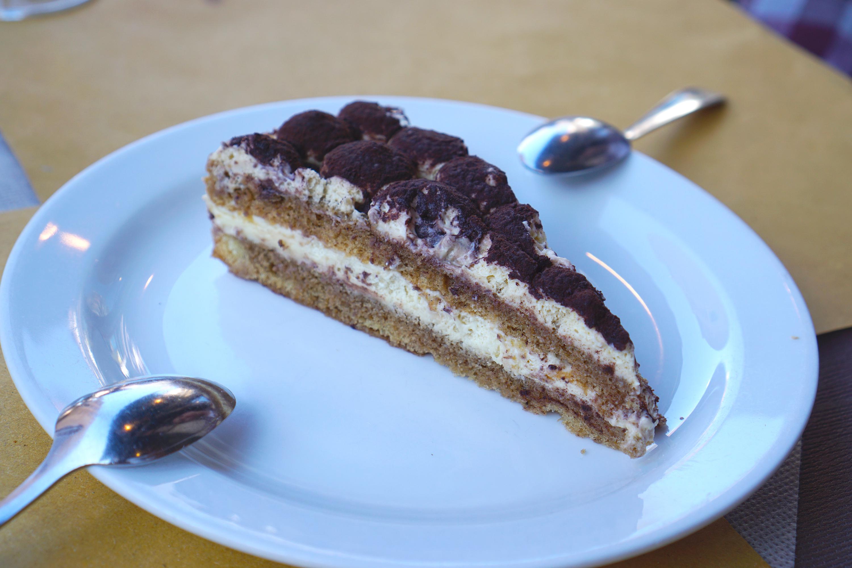 Gluten free tiramisu cake from Ristobar San Polo in Venice - gluten free Venice guide